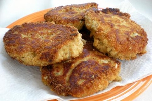 salmon_cakes_from_a_dollar_store_gourmet